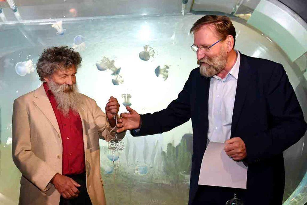 Glasqualle für Zoo Rostock
